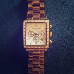 Michael Kors Rose Gold Wristwatch